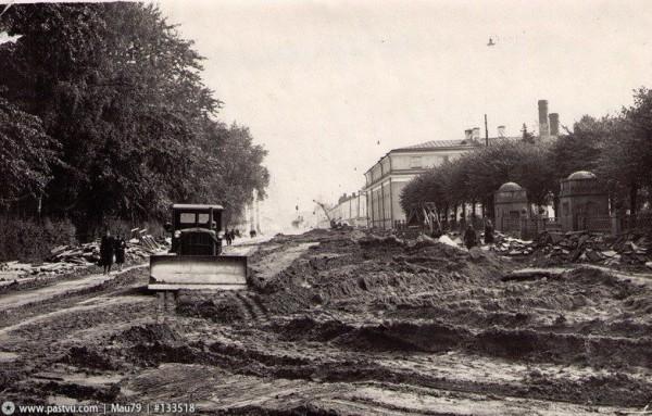 Дорожные работы на ул. Воинова, 1971 год
