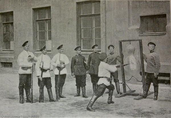 На территории казарм Преображенского полка, 1890-1897 гг
