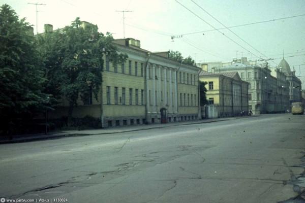 Улица Салтыкова-Щедрина (Кирочная)