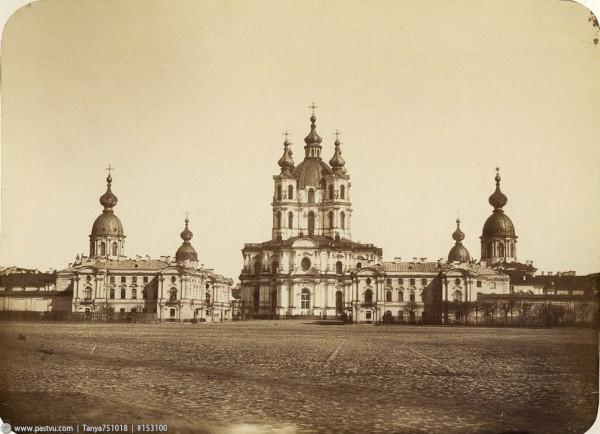 Смольный Воскресения Христова собор (Смольный собор), 1861 год