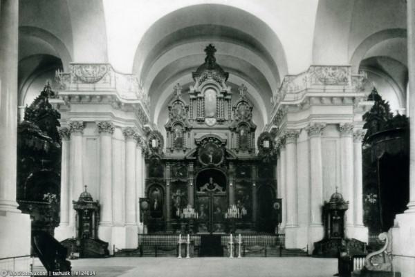 Интерьер Смольного собора, 1900 год