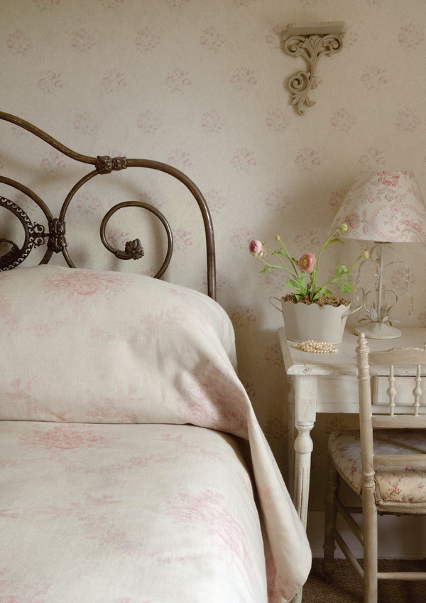 Kate Forman French Vintage and Shabby Chic 10