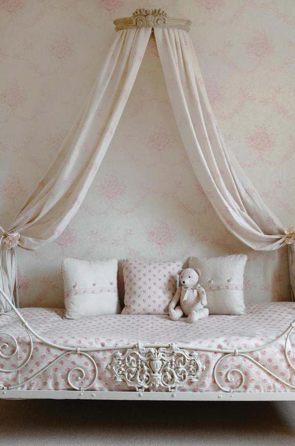 Kate Forman French Vintage and Shabby Chic 12