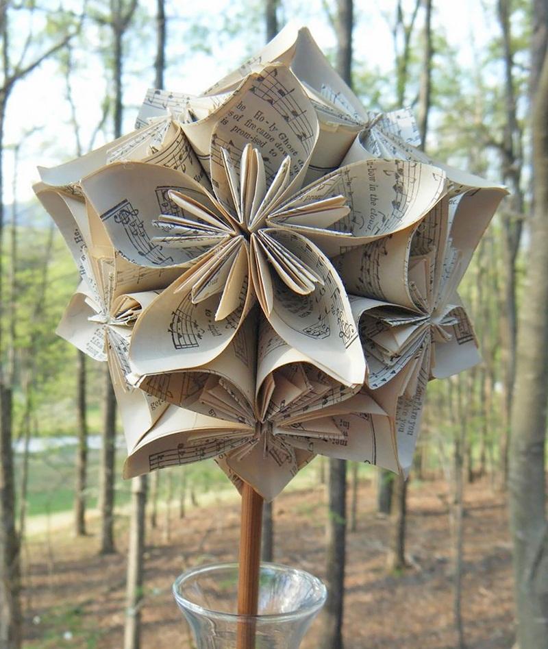Handmade-Kusudama-Ball-in-Glass-Vase-Vintage-by-craftymountainmama