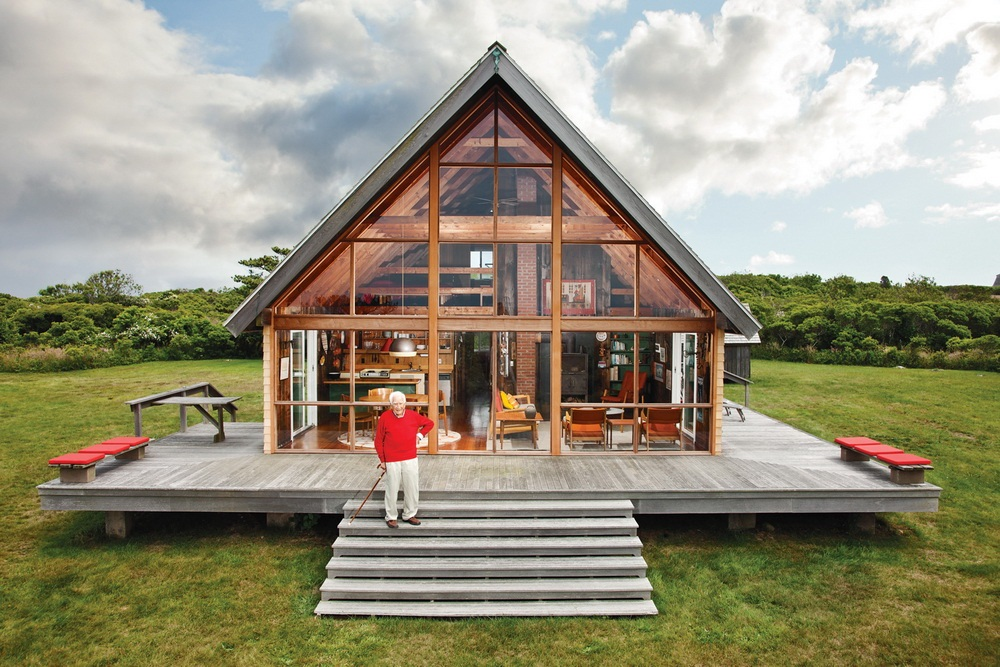 Dwell Jens Risom's Block Island Family Retreat risom-residence-outside-full-view