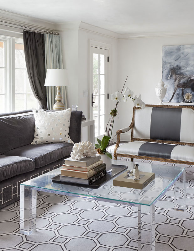 11-darien-living-room-pic-2