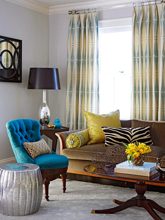 Better-Homes-and-Gardens-Using-Color-Throughout-a-House-1