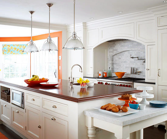 Better-Homes-and-Gardens-Using-Color-Throughout-a-House-7