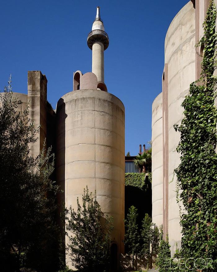 Elle Decor Concrete-Poetry-Ricardo-Bofill-Architecture-10