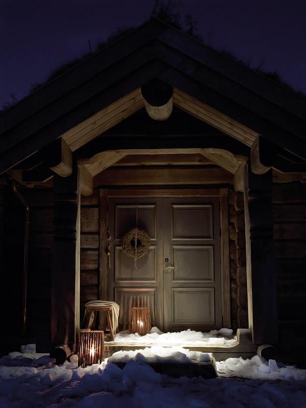 Interior magasinet Tradisjonsrikt hyttetun - pa Norefjells tak 1
