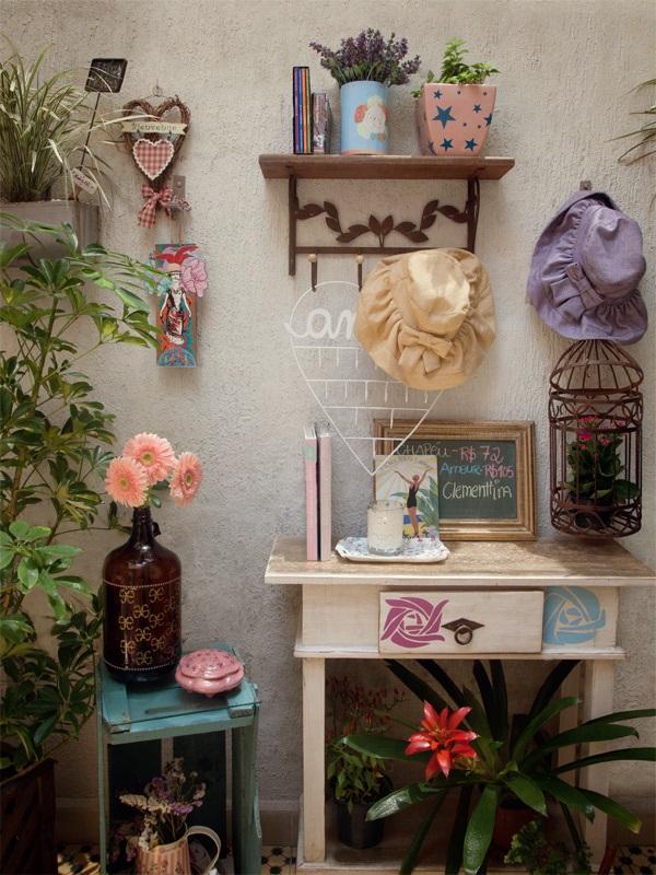 Conheca a casa e a loja de uma designer talentosa - Casa.com.br 7