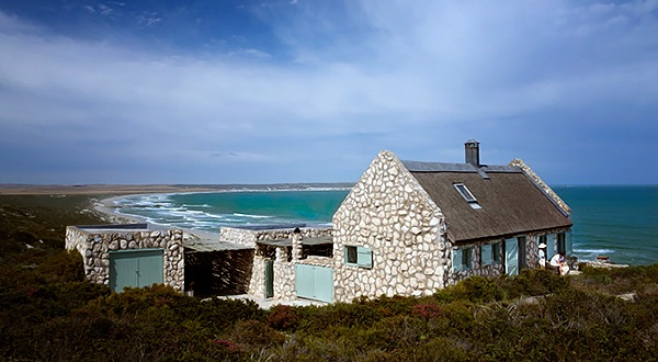 House and Leisurepaternoster beach cottage 12
