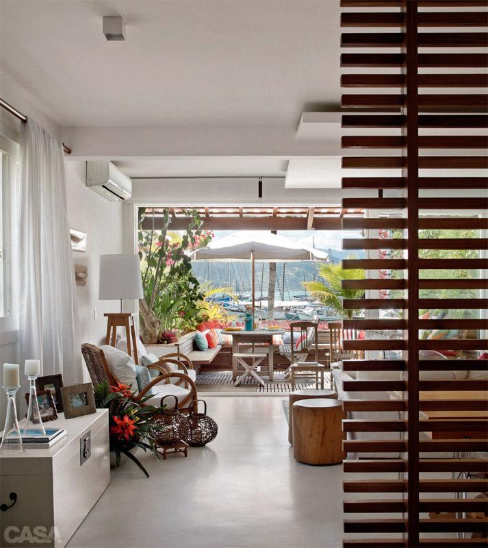 Casa com br Casa com varanda los Parati Entre o ceu EO 02 de março