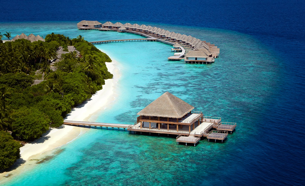 Dusit Thani Maldives 2