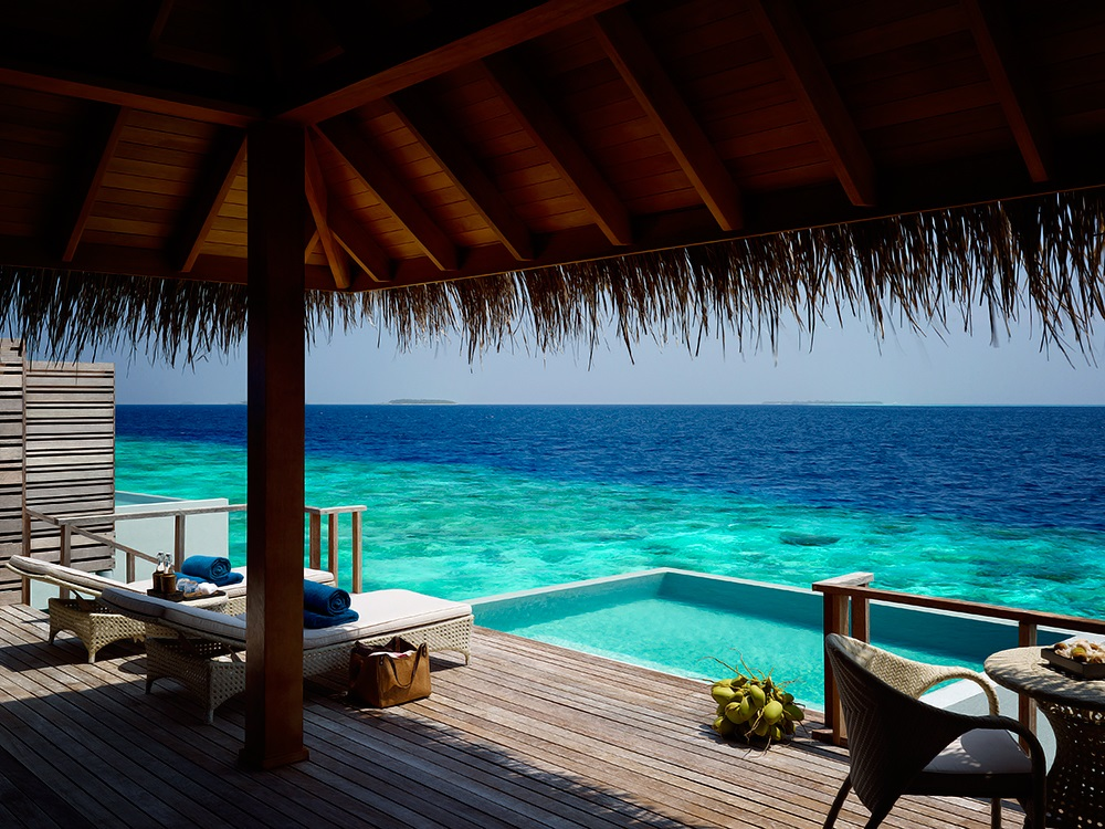 Dusit Thani Maldives 6