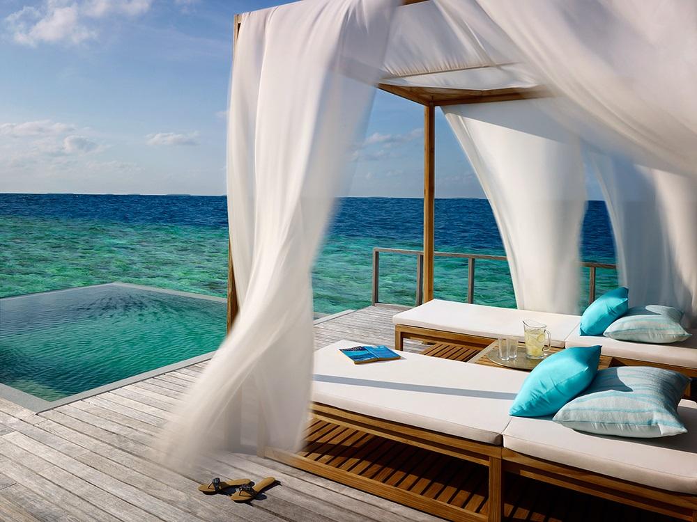 Dusit Thani Maldivas 8