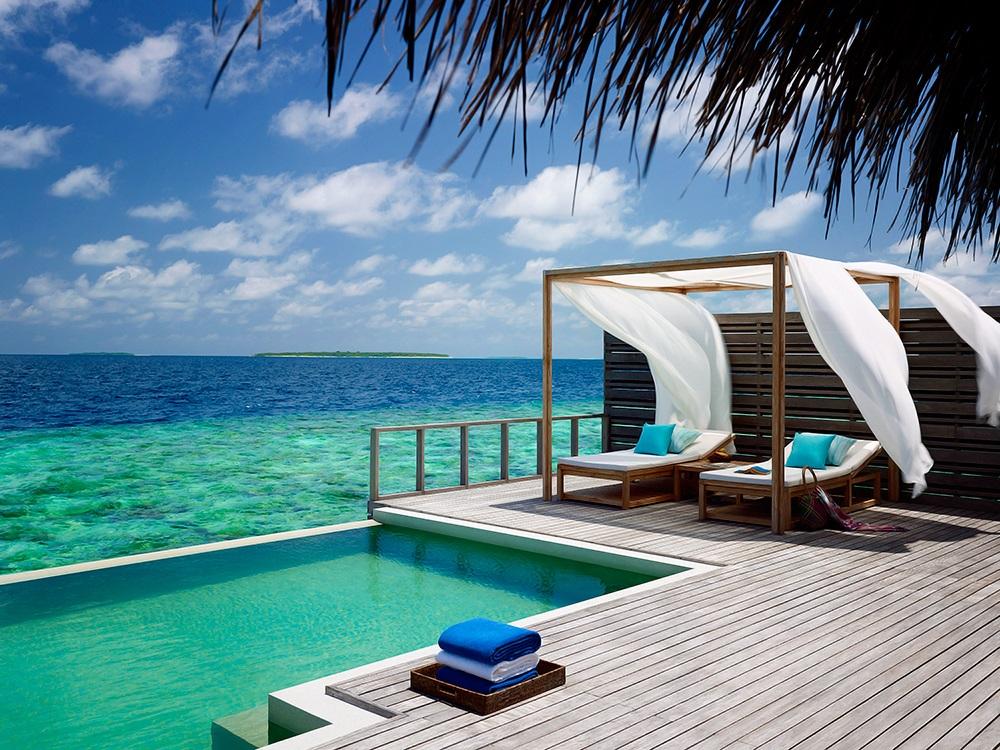 Dusit Thani Maldives 9
