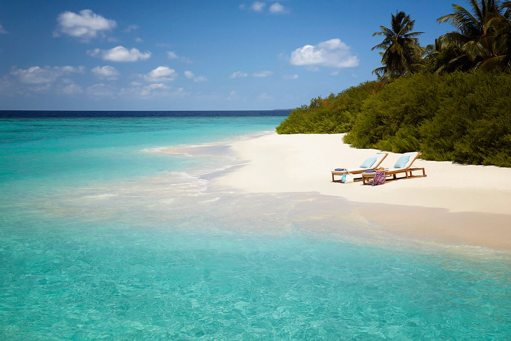 Dusit Thani Maldives 11