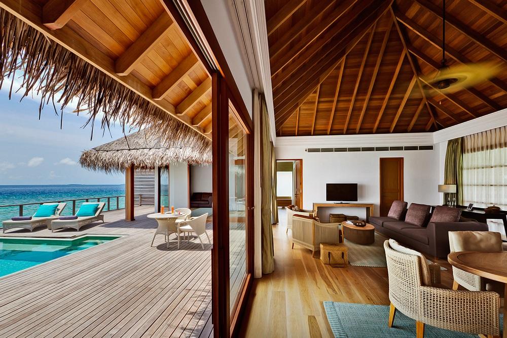 Dusit Thani Maldives 13