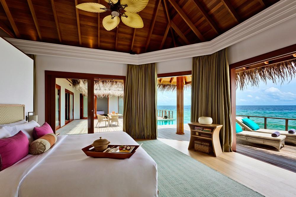 Dusit Thani Maldives 14