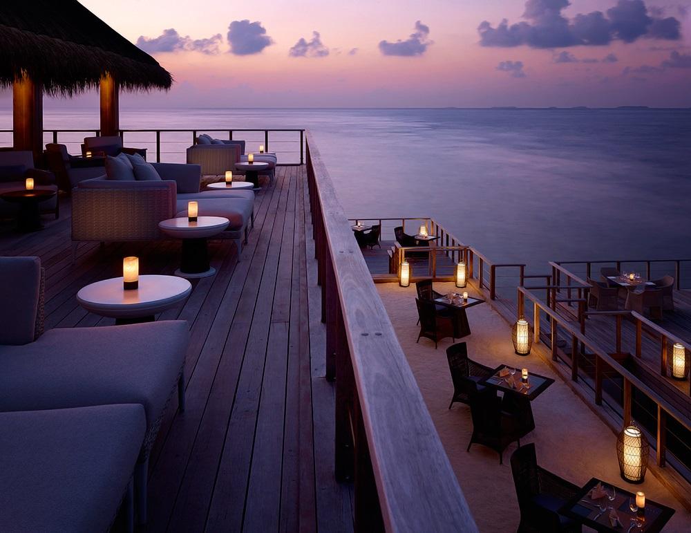 Dusit Thani Maldives 21