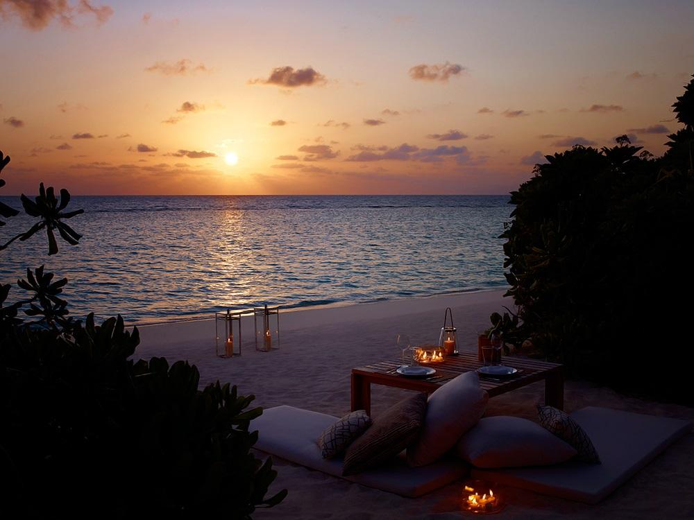 Dusit Thani Maldives 23