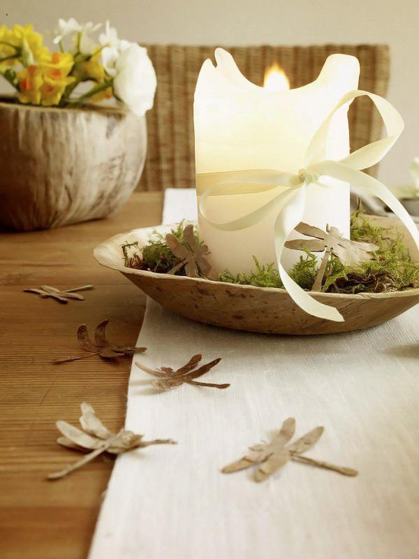 Wohnidee Fruhlingstafel mit Naturfundstucken 5