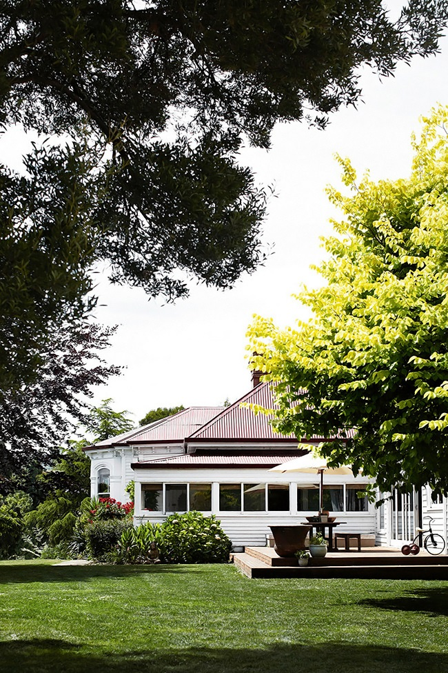 Homelife Tasmanian country home 9