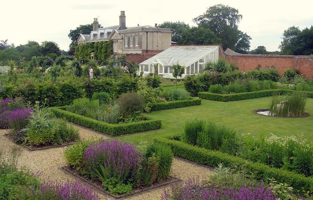 Arne Maynard Garden Design 10