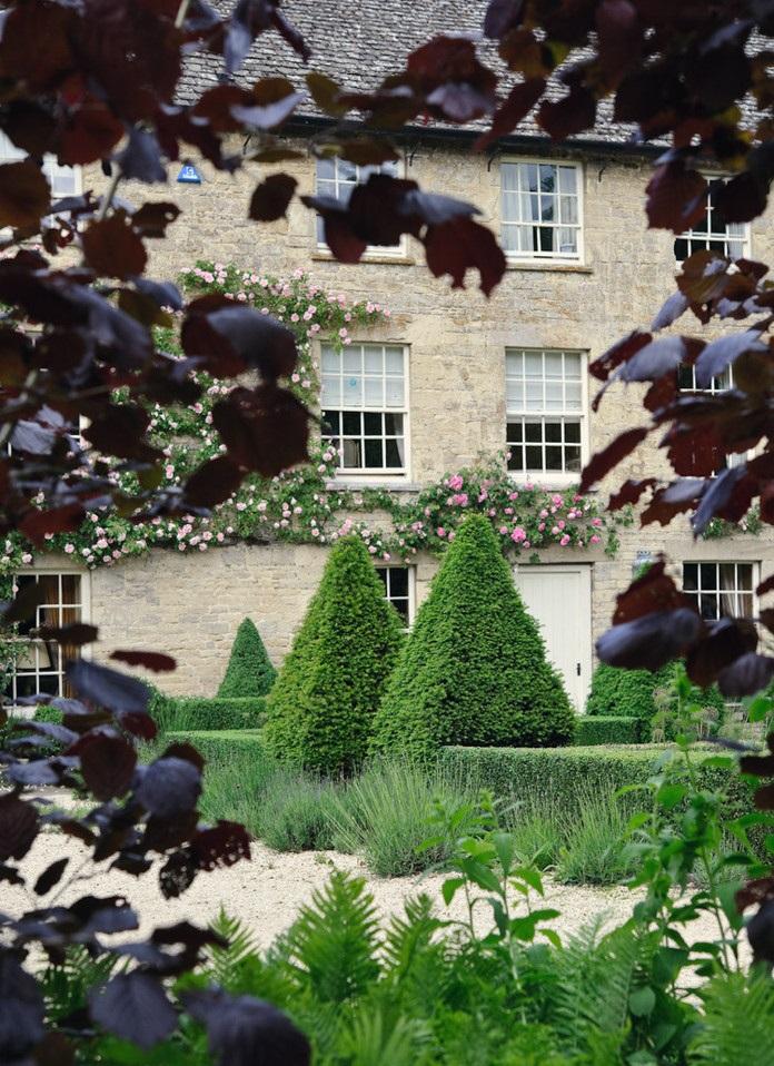 Arne Maynard Garden Design 15