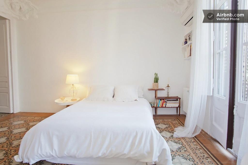 airbnb Carrer de la Diputacio Barcelona 10