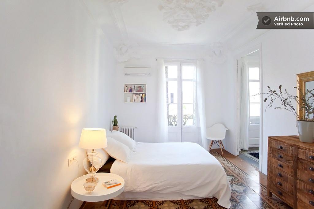 airbnb Carrer de la Diputacio Barcelona 11
