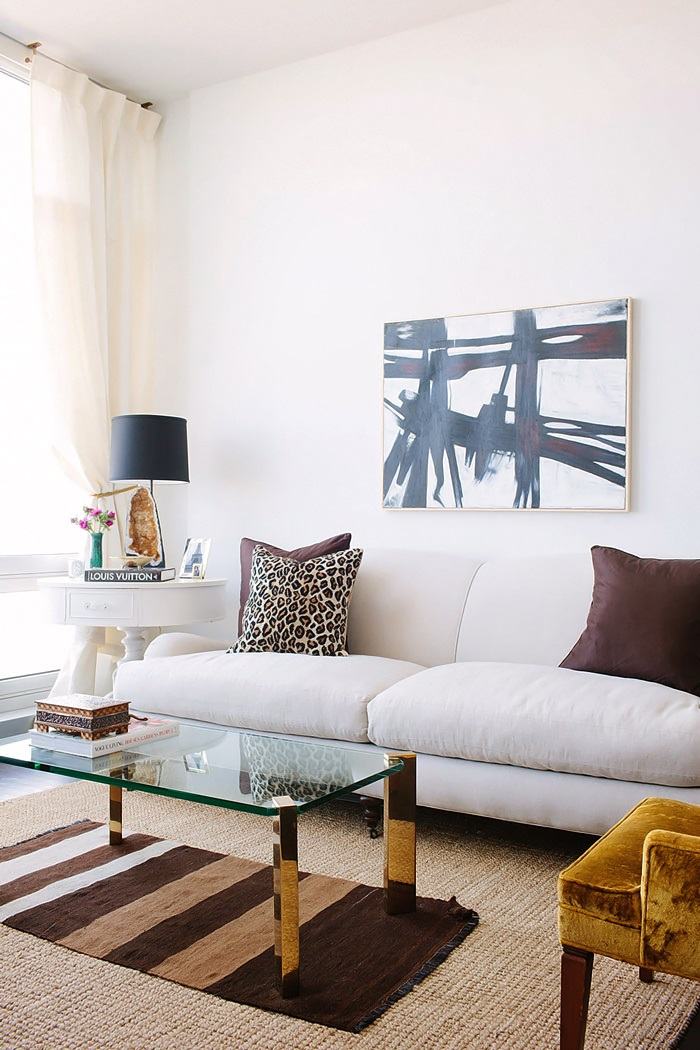 Design Sponge In Chicago An Apartment with a Sartorial Approach 5