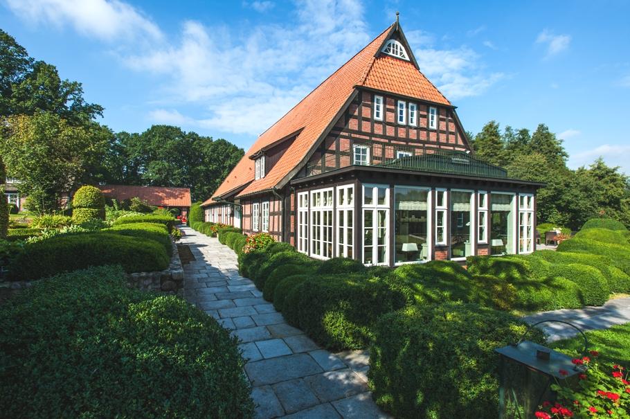 ADELTO Horse Farm & Сottage Germany 3