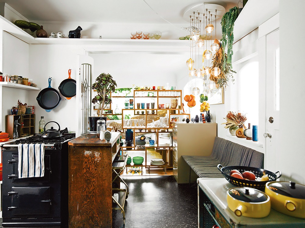 Dwell Designer Omer Arbel's Eclectic Home in Vancouver 4