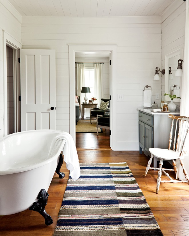 Houzz-Historical-Concepts-Farmhouse-Renovation-9