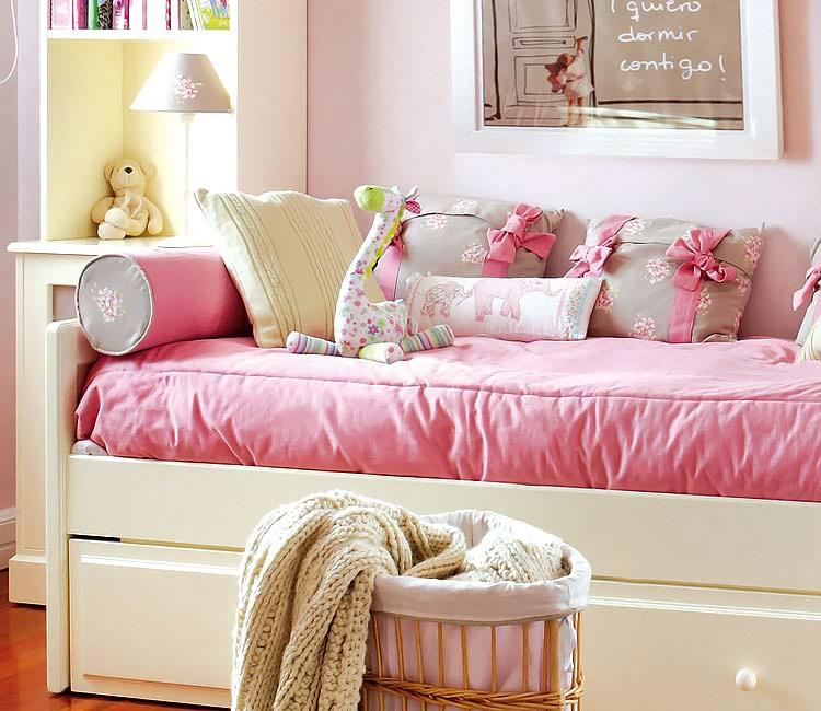 Micasa-Dormitorio-con-bano-en-color-de-rosa-1