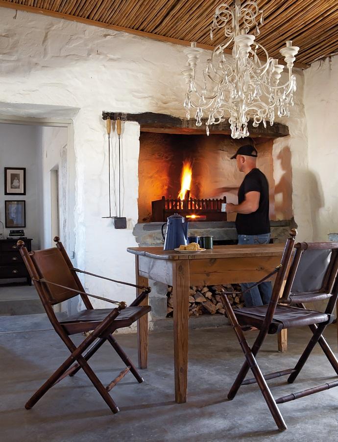 House-and-Leisure-rustic-karoo-farmstead-3