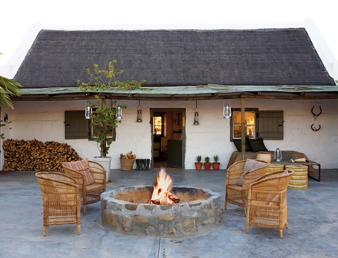 House-and-Leisure-rustic-karoo-farmstead-11