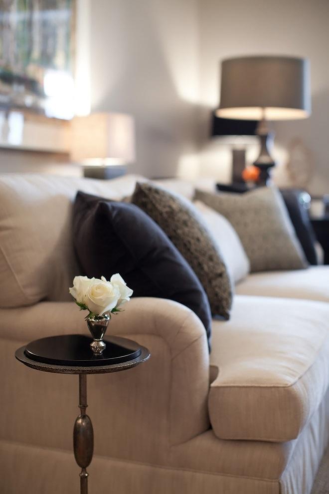 margaridas em flor elizabeth reich a trabalhar. Black Bedroom Furniture Sets. Home Design Ideas