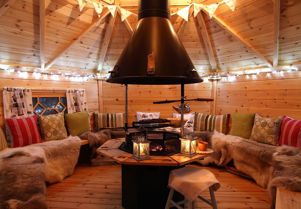 Stardust-Scotland,-luxury-self-catering-Boathouse-15