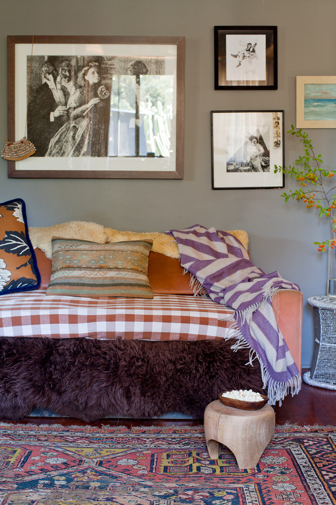 Houzz Color and Personality in 500 Square Feet 1