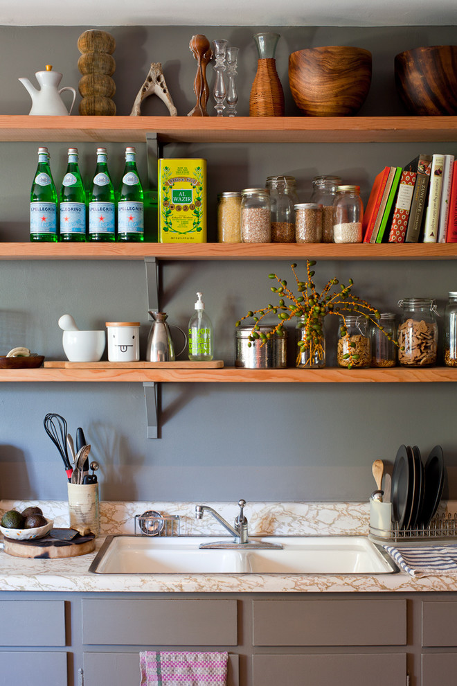 Houzz Color and Personality in 500 Square Feet 3