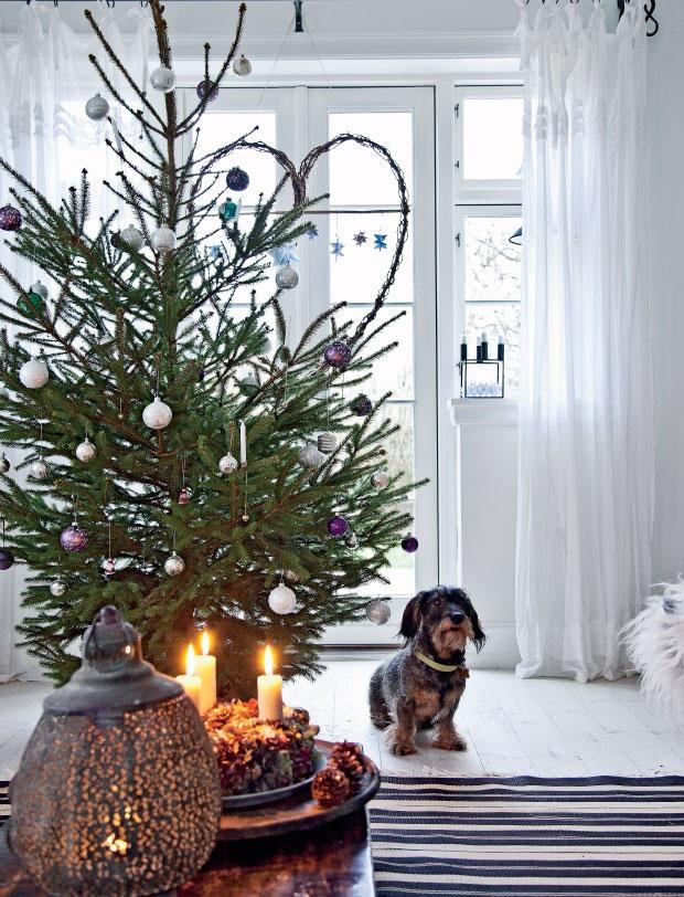 Femina Julebolig Jul med stjerner og julekugler 2