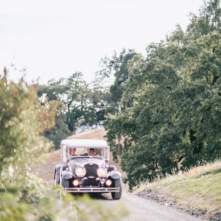 Style Me Pretty 1920′s Inspired Healdsburg Wedding 18