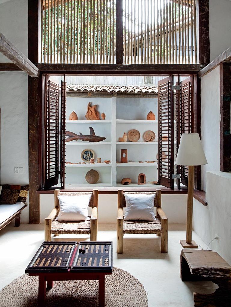 Casa Com Br Casa de praia com muita madeira e branco em Trancoso 3
