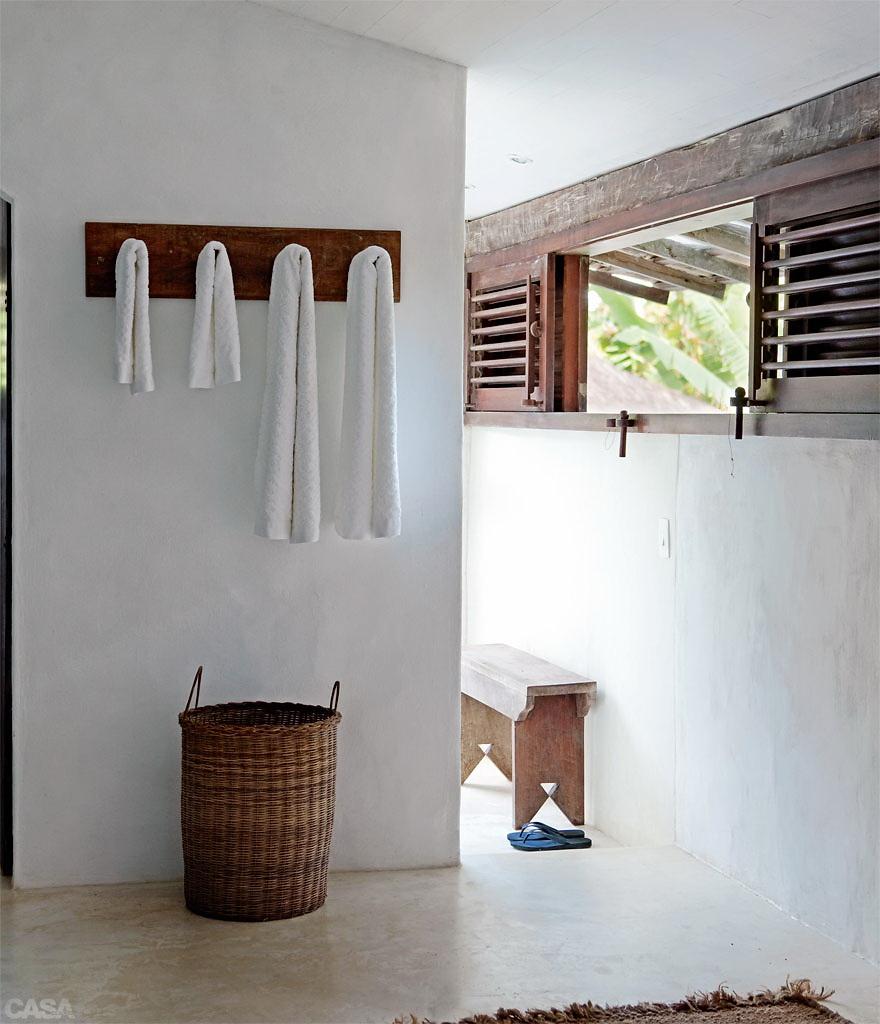 Casa Com Br Casa de praia com muita madeira e branco em Trancoso 6