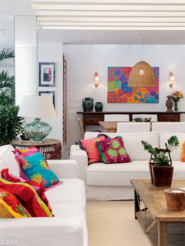 Casa com br Apartamento colorido em Copacabana 1