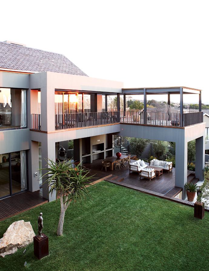 House and Leisure modern joburg home 2
