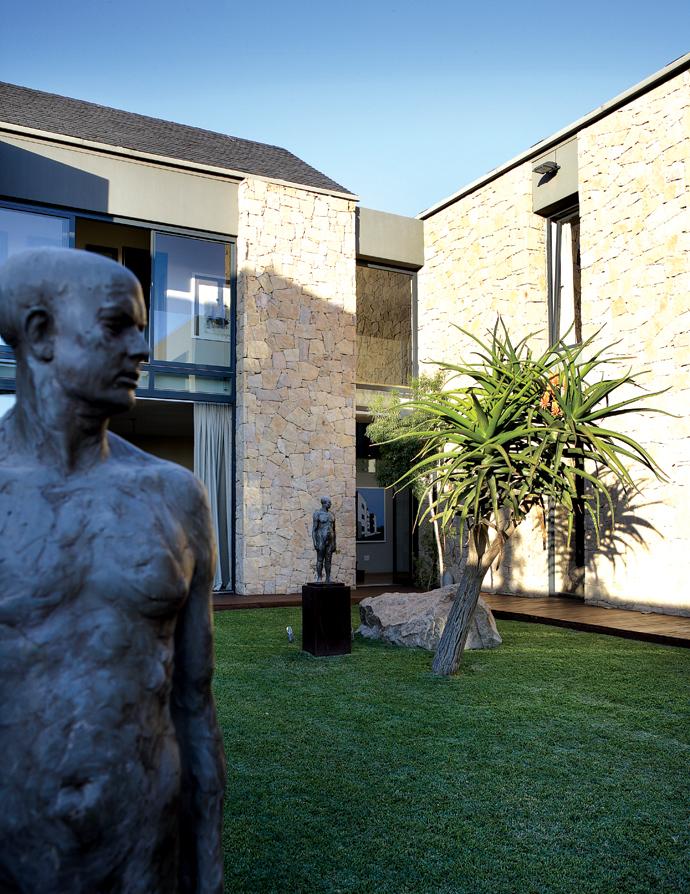 House and Leisure modern joburg home 3